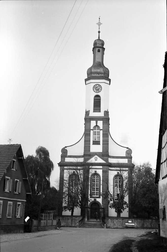 Meißenheim: Außenansicht (frontal) der Kirche; nach der Restaurierung, Bild 1
