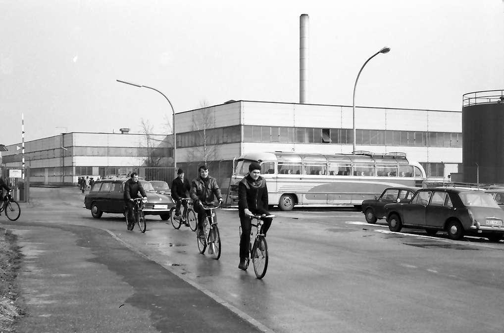 Freistett: Fabrikeingang Bosch, Bild 1