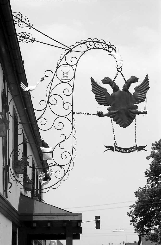 """Appenweier: Aushängeschild """"Schwarzer Adler"""", Bild 1"""