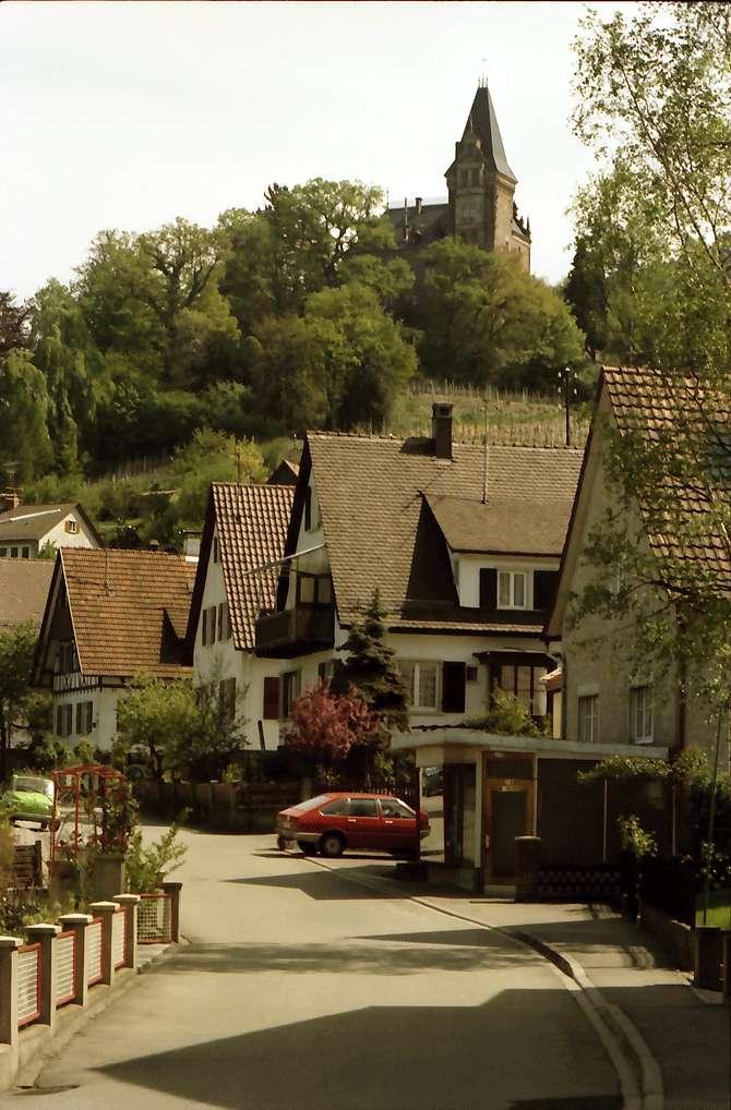 Kappelrodeck: Straße; oben Schloss Rodeck, Bild 1