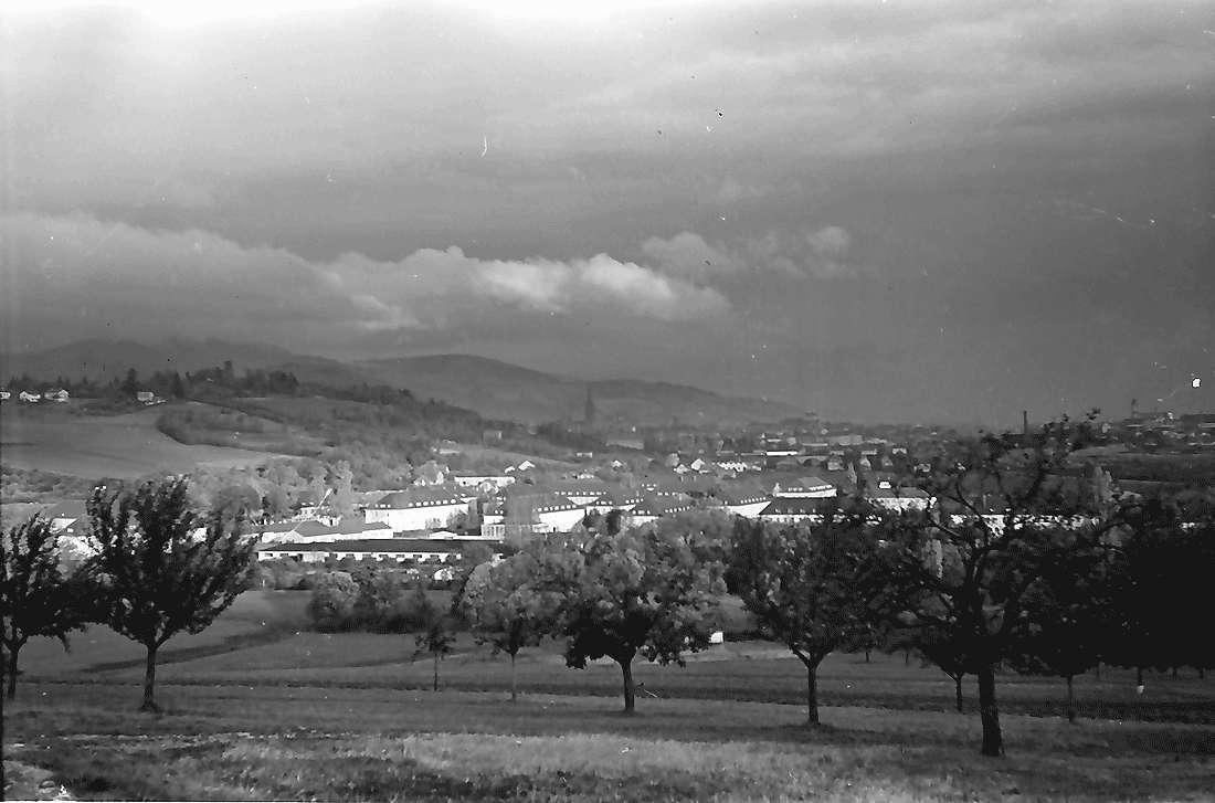 Merzhausen: Blick auf Freiburg von der Höhe bei Merzhausen, Bild 1
