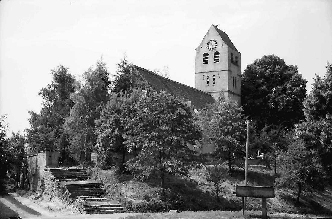 Betberg: Kirche, Bild 1