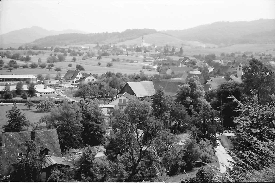 Dottingen: Gemeinden Dottingen-Ballrechten; von der Höhe Dottingen, Bild 2