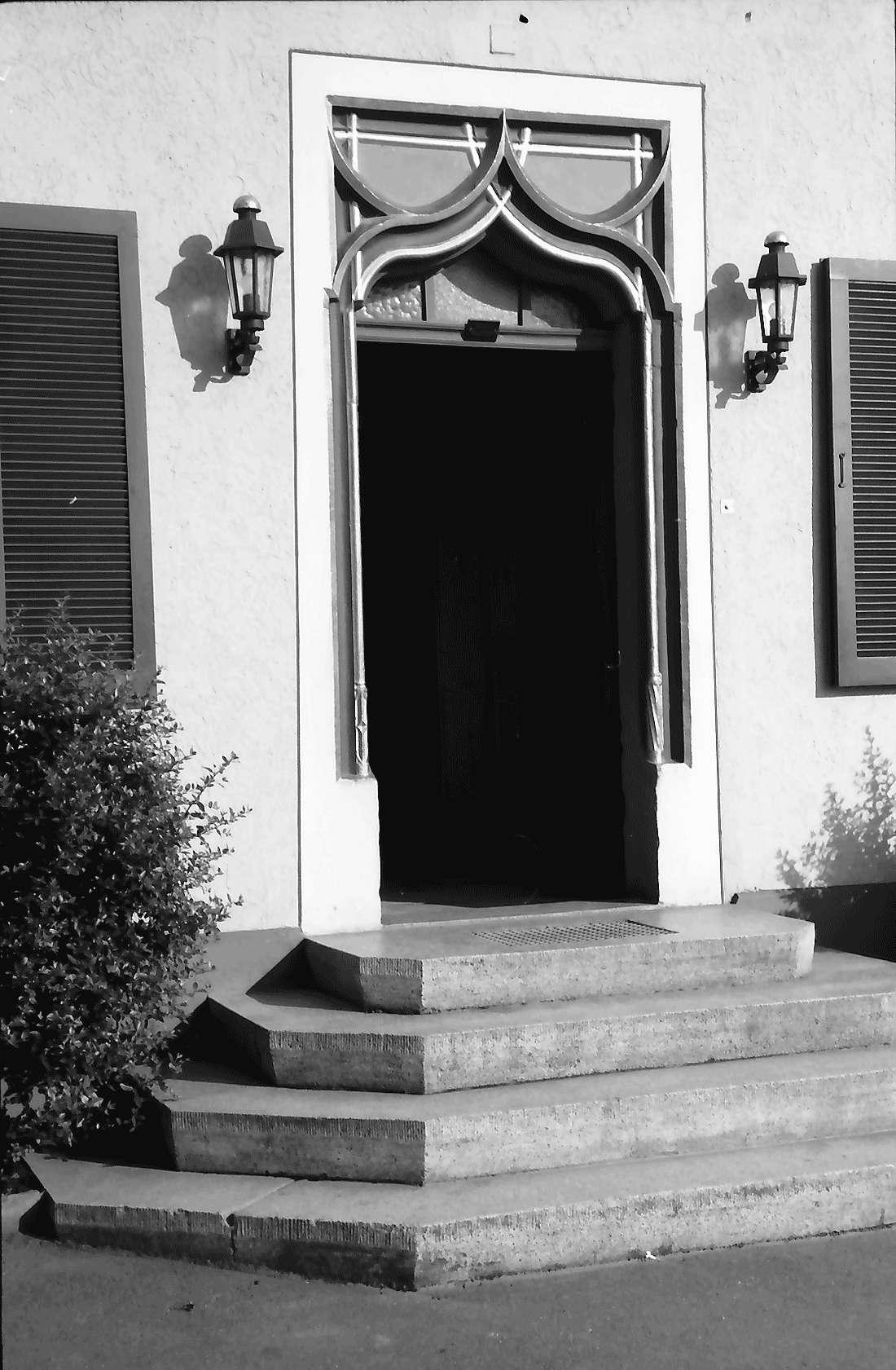 """Heitersheim: Gotische Eingangstür """"Zum Ochsen"""", Bild 1"""