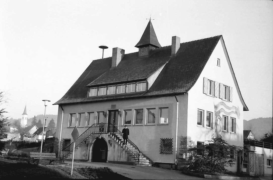 Dottingen: Rathaus, Bild 2