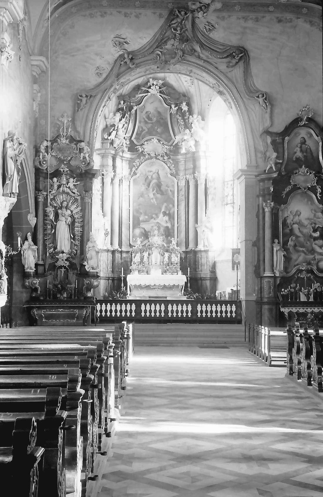 Kirchhofen: Kirche [Mariä Himmelfahrt]; innen, Bild 1