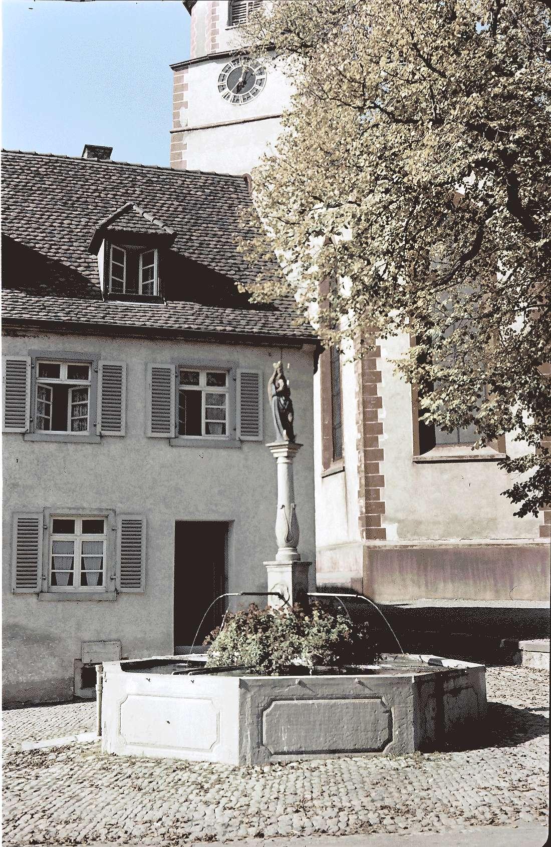 Kirchhofen: Marienbrunnen, Bild 2