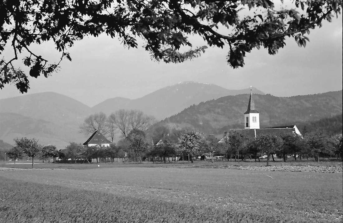 Grunern: Grunern und Belchen von Westen, Bild 2