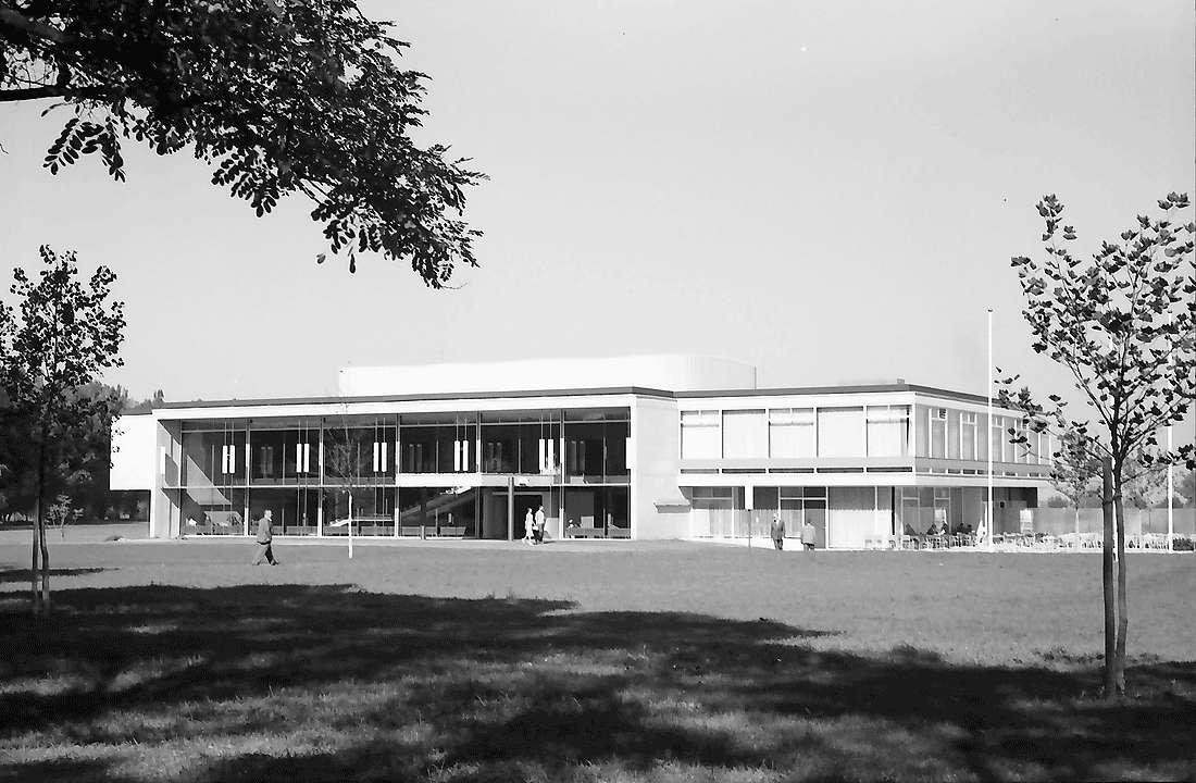 Bad Krozingen: Neues Kurhaus; Südostansicht, Bild 2