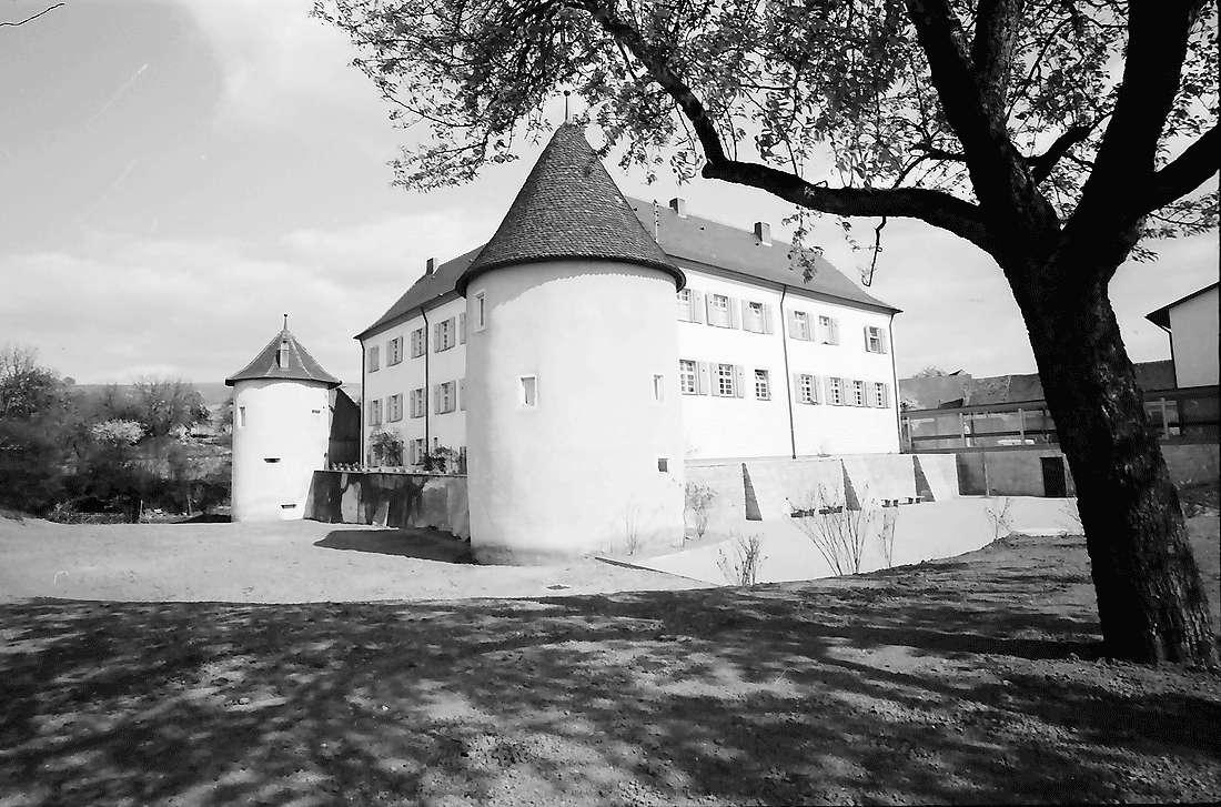 Kirchhofen: Renoviertes Schloss, Bild 2