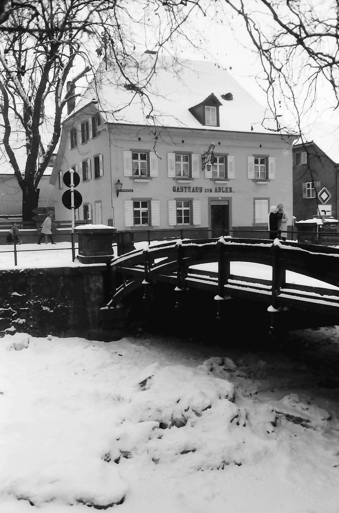 Staufen: Neumagenbrücke und Gasthaus [Adler], Bild 1