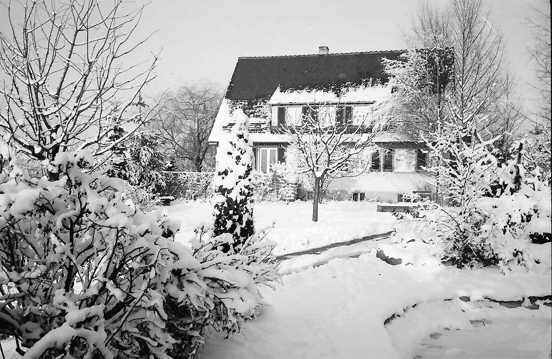 Staufen: Haus Seebert im Schnee, Bild 1