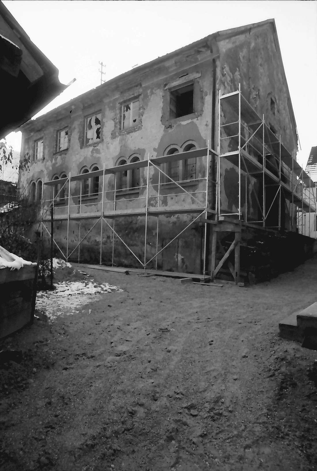 Sulzburg: Synagoge vor dem Wiederaufbau; Rückseite; Straßenseite, Bild 2