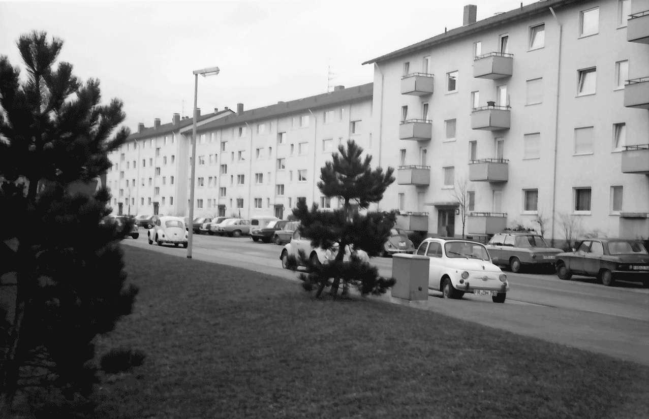 Freiburg; Haslach: Häuserzeile; Mathias-Blank-Straße 15, Bild 1
