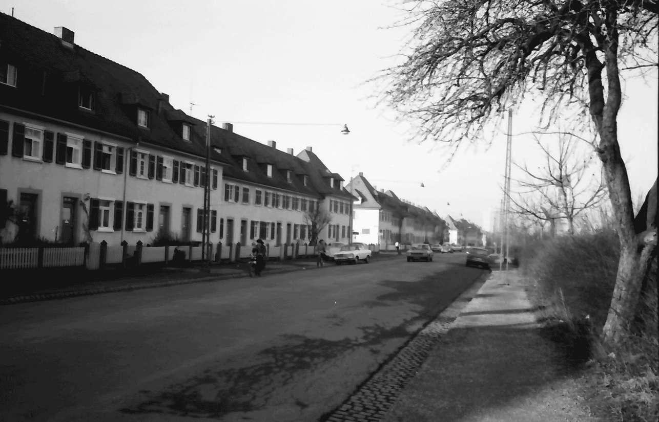 Freiburg; Haslach: Karl-Kistner-Straße, Bild 1