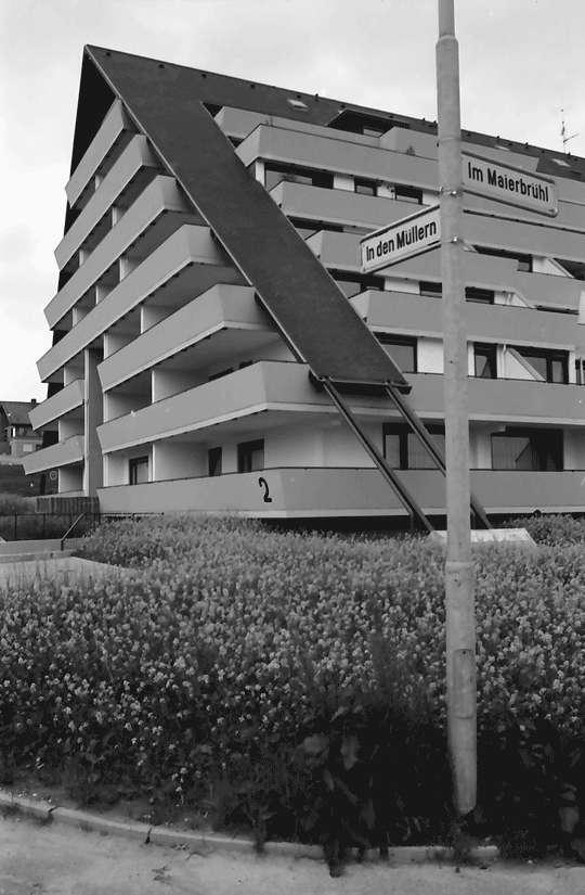 Freiburg; Tiengen: Hügelhäuser; Außenansichten, Bild 1