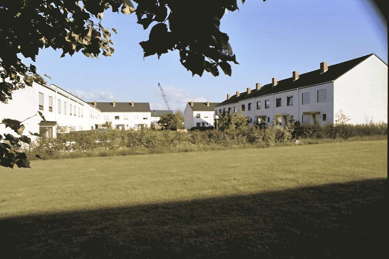 Mengen: Ruland & Kaffke GmbH und Co; Neubau; Einfamilienhäuser; Gesamtansicht von Westen, Bild 1