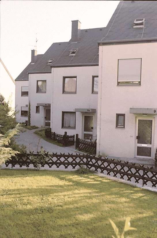 Mengen: Ruland & Kaffke GmbH und Co; Mehrfamilienblocks; gestaffelte Blocks; Eingangseite, Bild 1