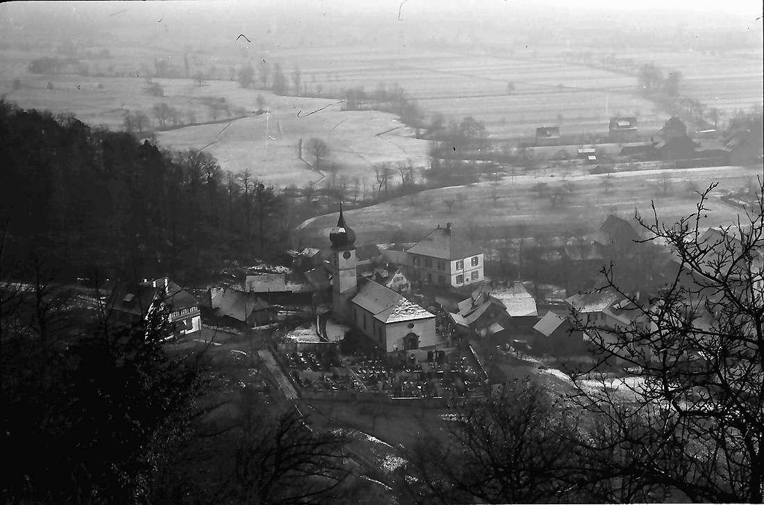 Ebnet: Blick von der Höhe auf Ebnet, Bild 1