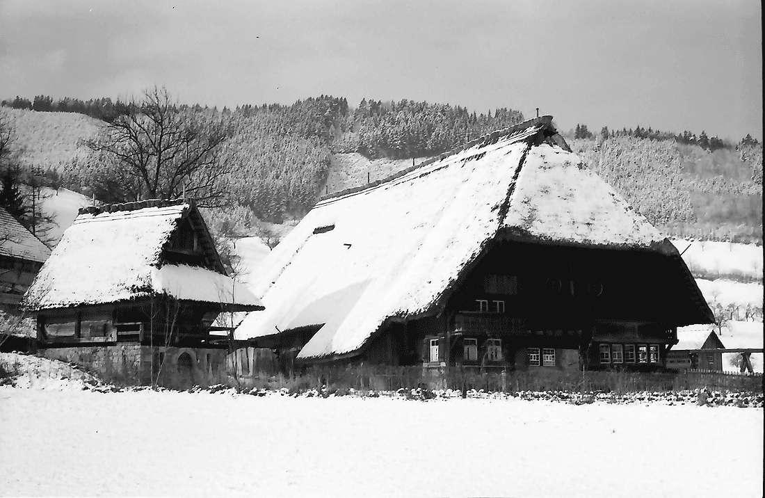 Gutach: Vogtsbauernhof; Freilichtmuseum im Schnee, Bild 2