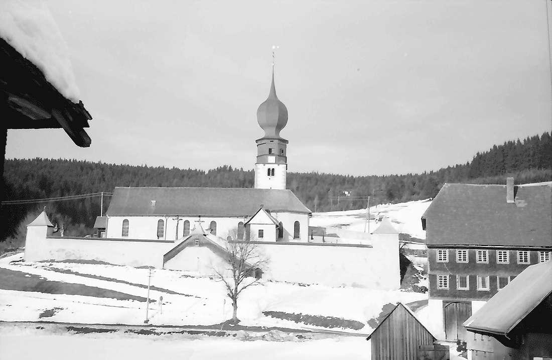 Urach: Ort mit Kirchenberg, Bild 1