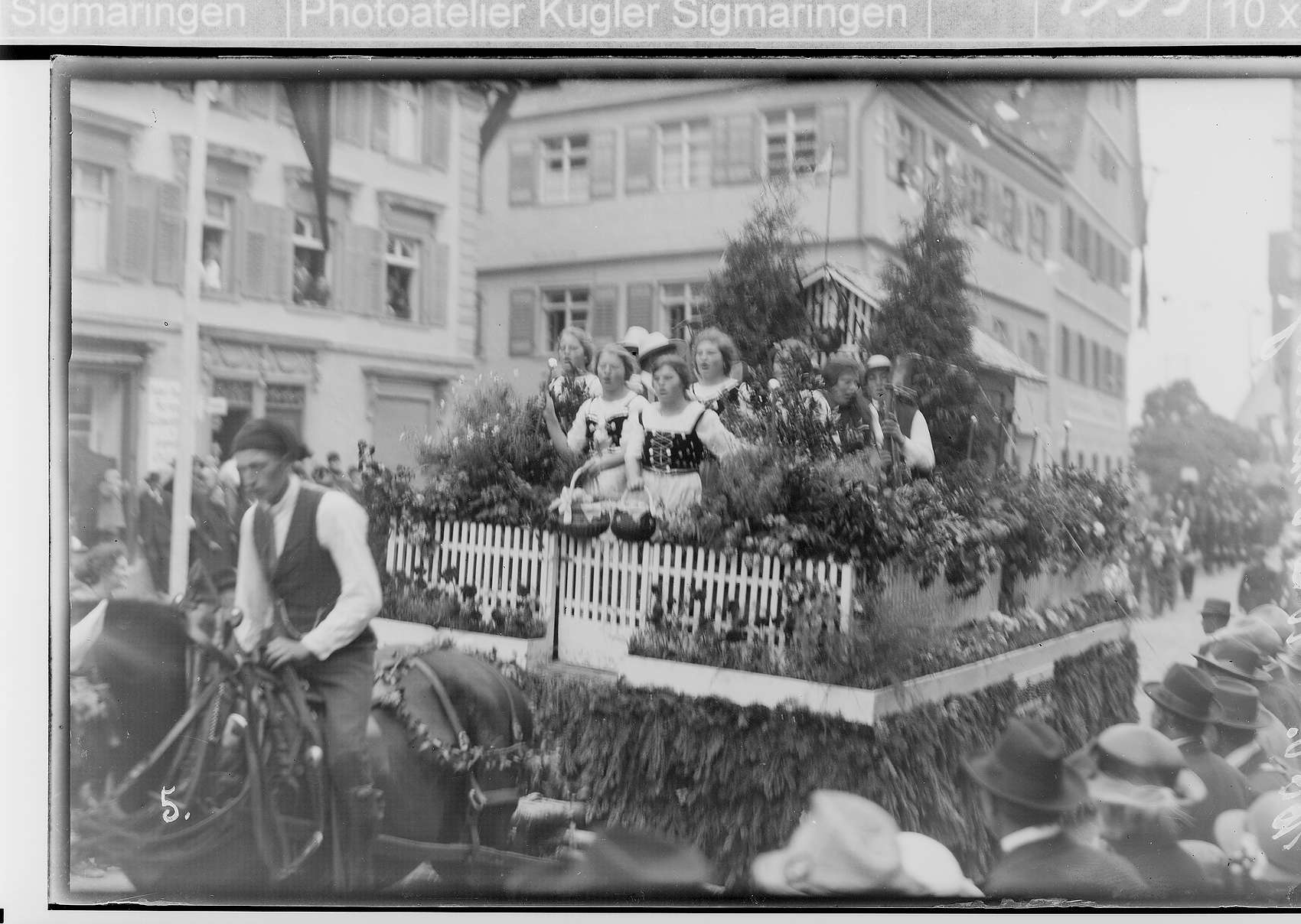 Erntedankfest Riedlingen; Umzugswagen, Bild 1