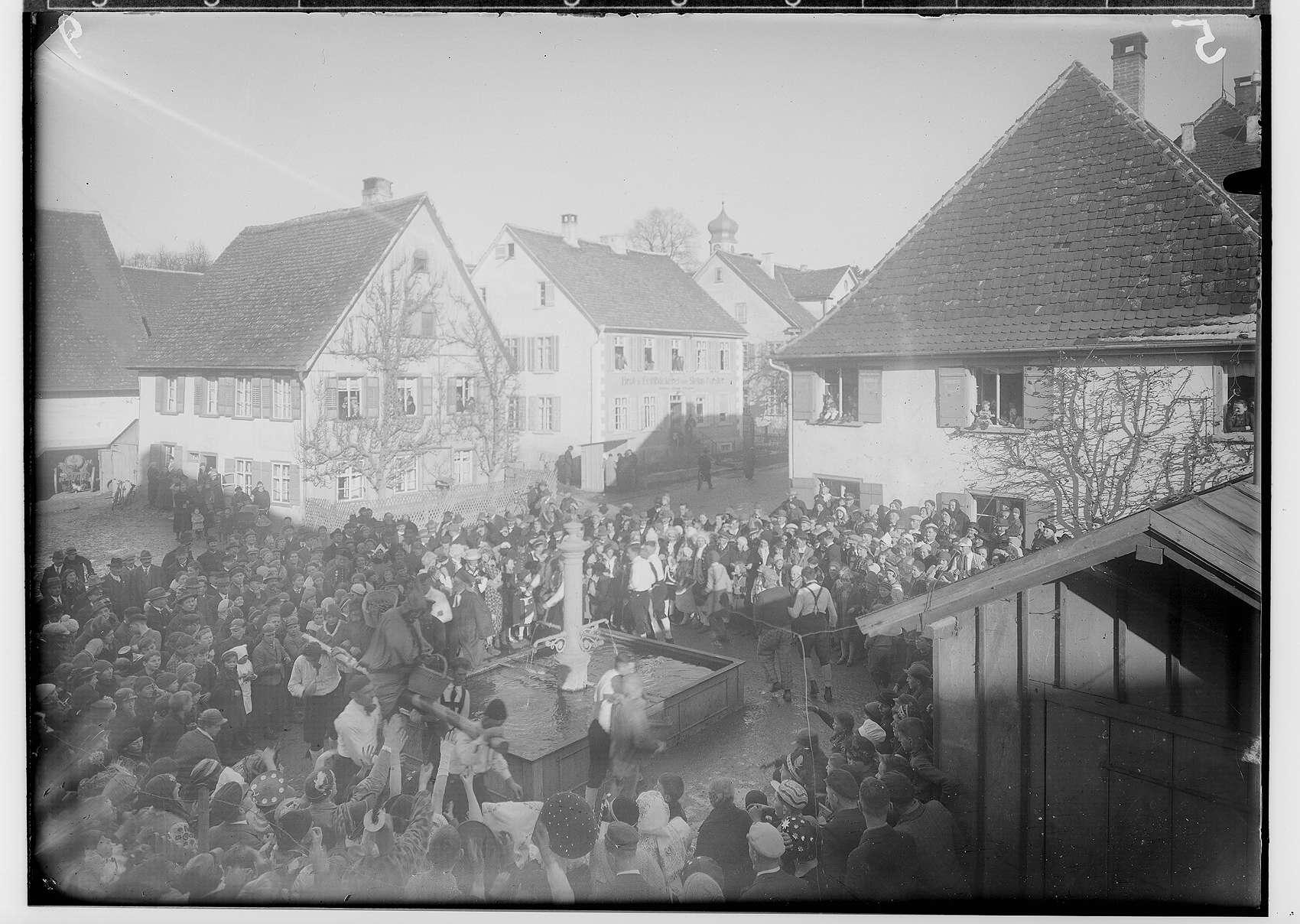 Fasnacht Krauchenwies 1934; Bräuteln, Bild 1