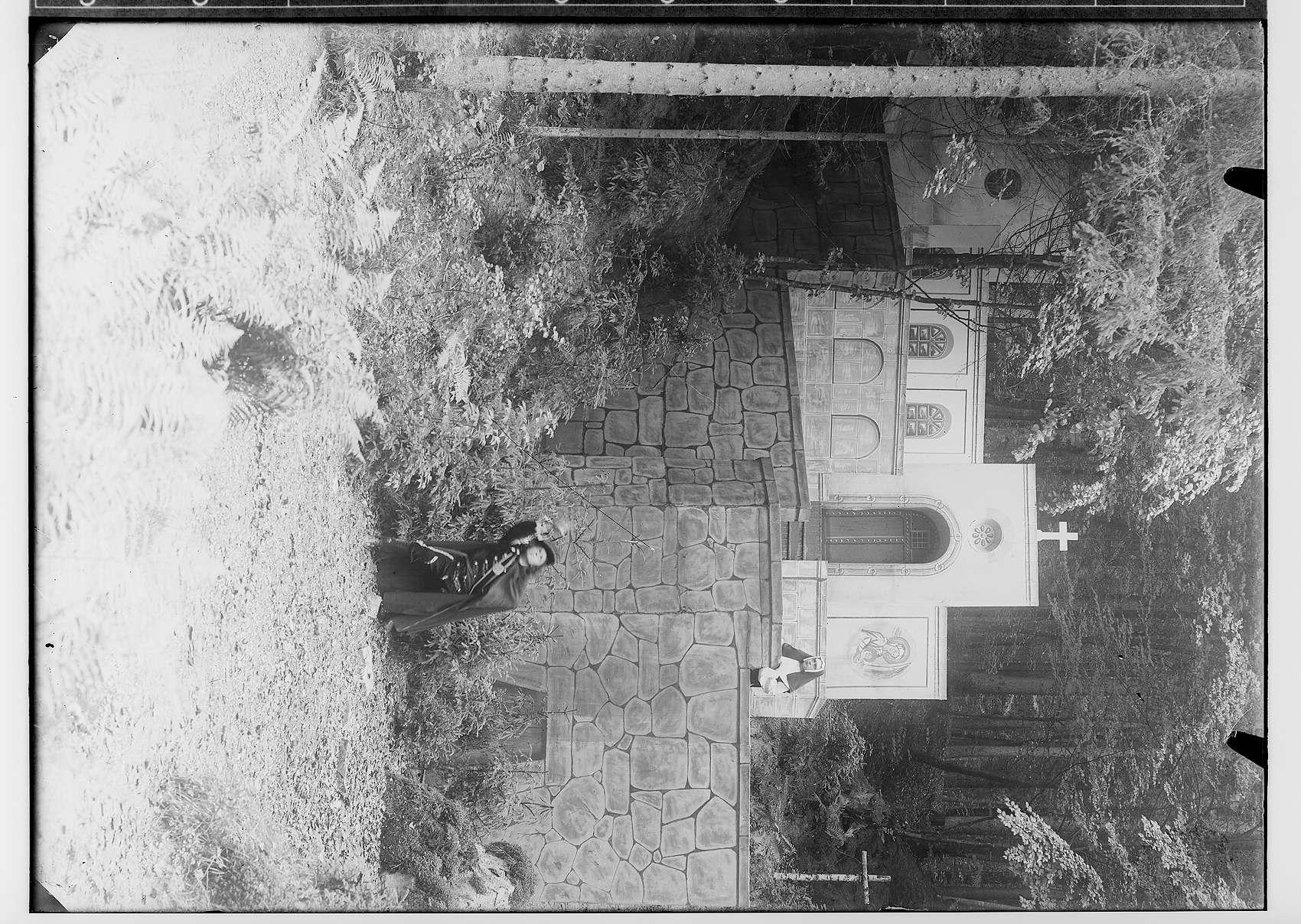 Waldbühne Sigmaringendorf - Die Andacht zum Kreuz (Pietro Calderun); Szenenbild, Bild 1