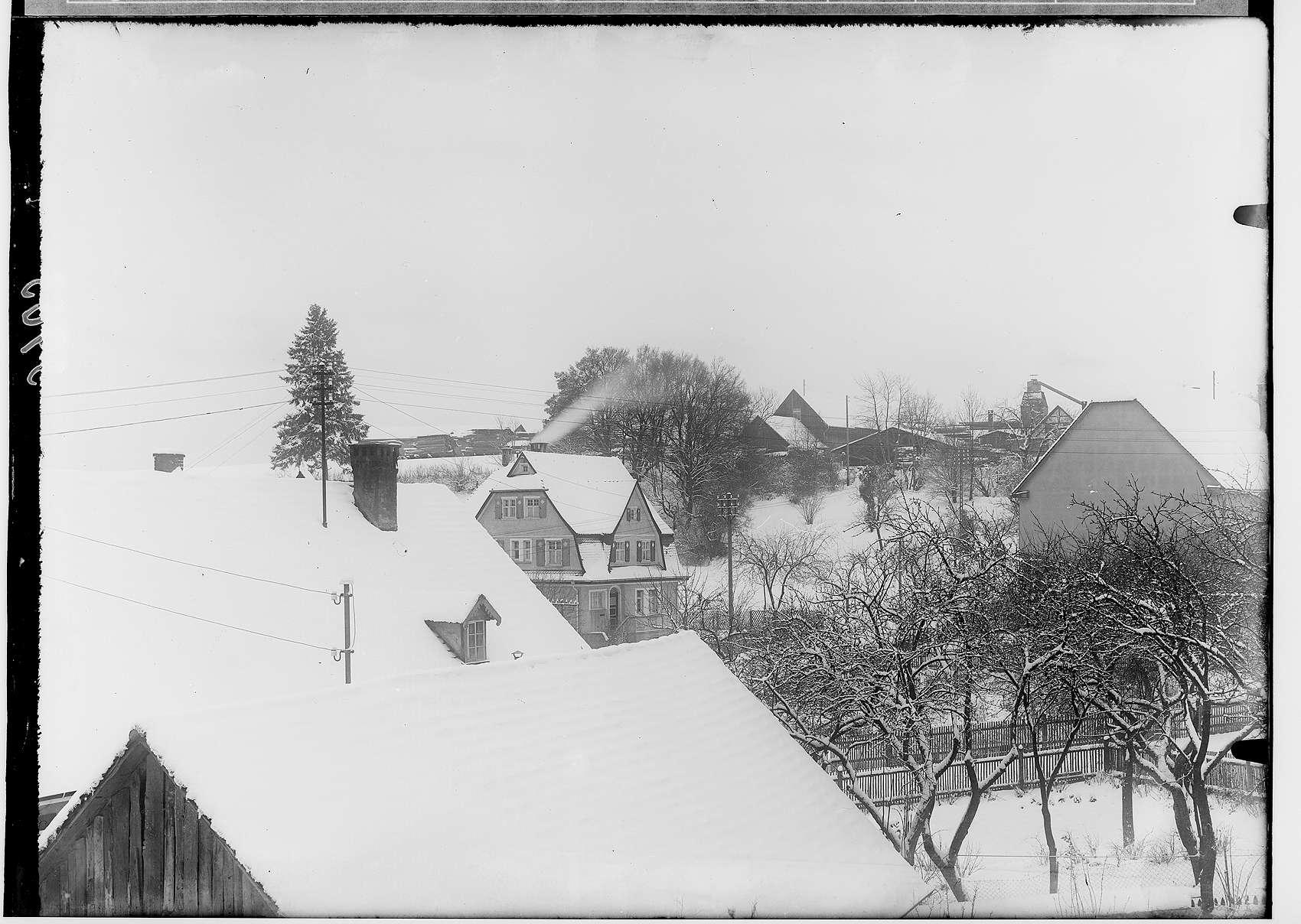 Josefinenstraße 35 - Haus des fürstlichen Baudirektors Johann Langenstein, im Hintergrund Firma Steidle, Bild 1