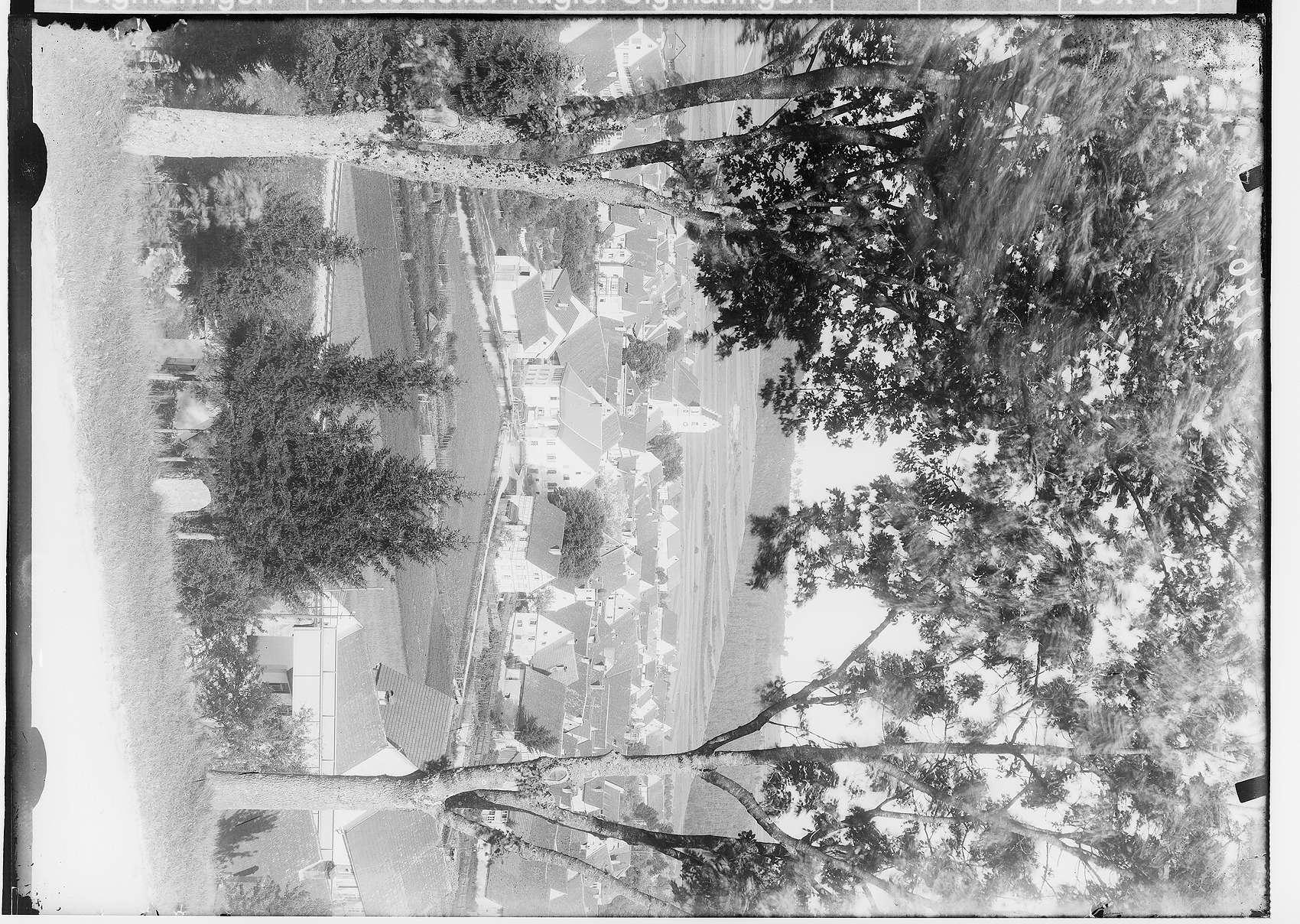 Gammertingen um 1933, alte Turnhalle bis 1985 (Abbruch), altes Schwimmbad 1934 durch die SA angelegt, 1976 eingeebnet, Hallenbadneubau in Sigmaringerstraße 1979, Stadtmühle, Haus Kromer erweitert 1960 und 1980, Haus Zeiter, Scheuer auf Stadtmauer aufsitzend, 1980 Umbau zu Zweifamilien-Wohnhaus, St. Michaelskapelle, mundartlich