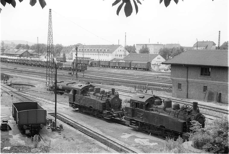 Reutlingen, Rangierloks Nr. 94 113 (links) und 94 105, erbaut von der Maschinenfabrik Esslingen 1920, Bild 1