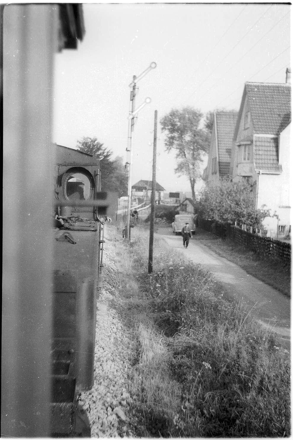 Hechingen, Einfahrt Lok 16, mit mechanischem Einfahrtssignal, Bild 1