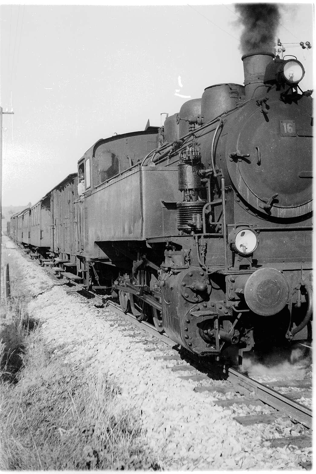 Bahnhof Killer, Güterzug 305, Bild 1