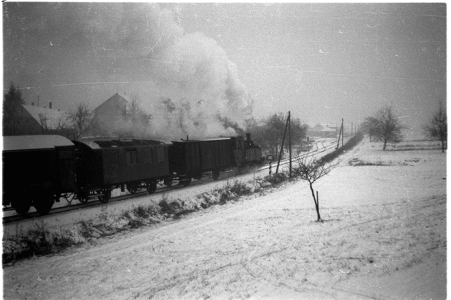 Bei Stein, Lok 12, Zug 305, Bild 1