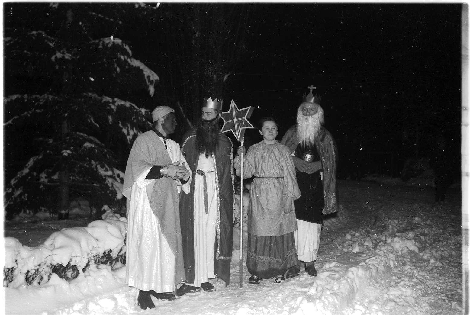 Gammertingen, Dreikönigstag, Sternsinger der katholischen Kirchengemeinde St. Leodegar, Bild 1