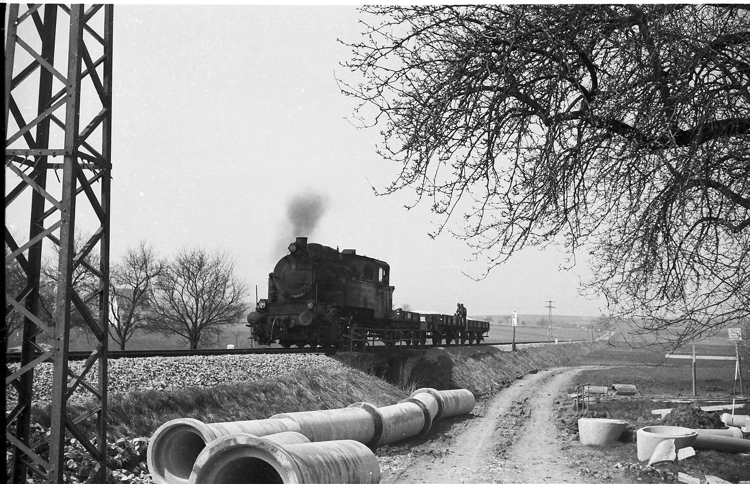 Lok 16, Baustelle Rangendingen, Arbeitszug 405, Bild 1