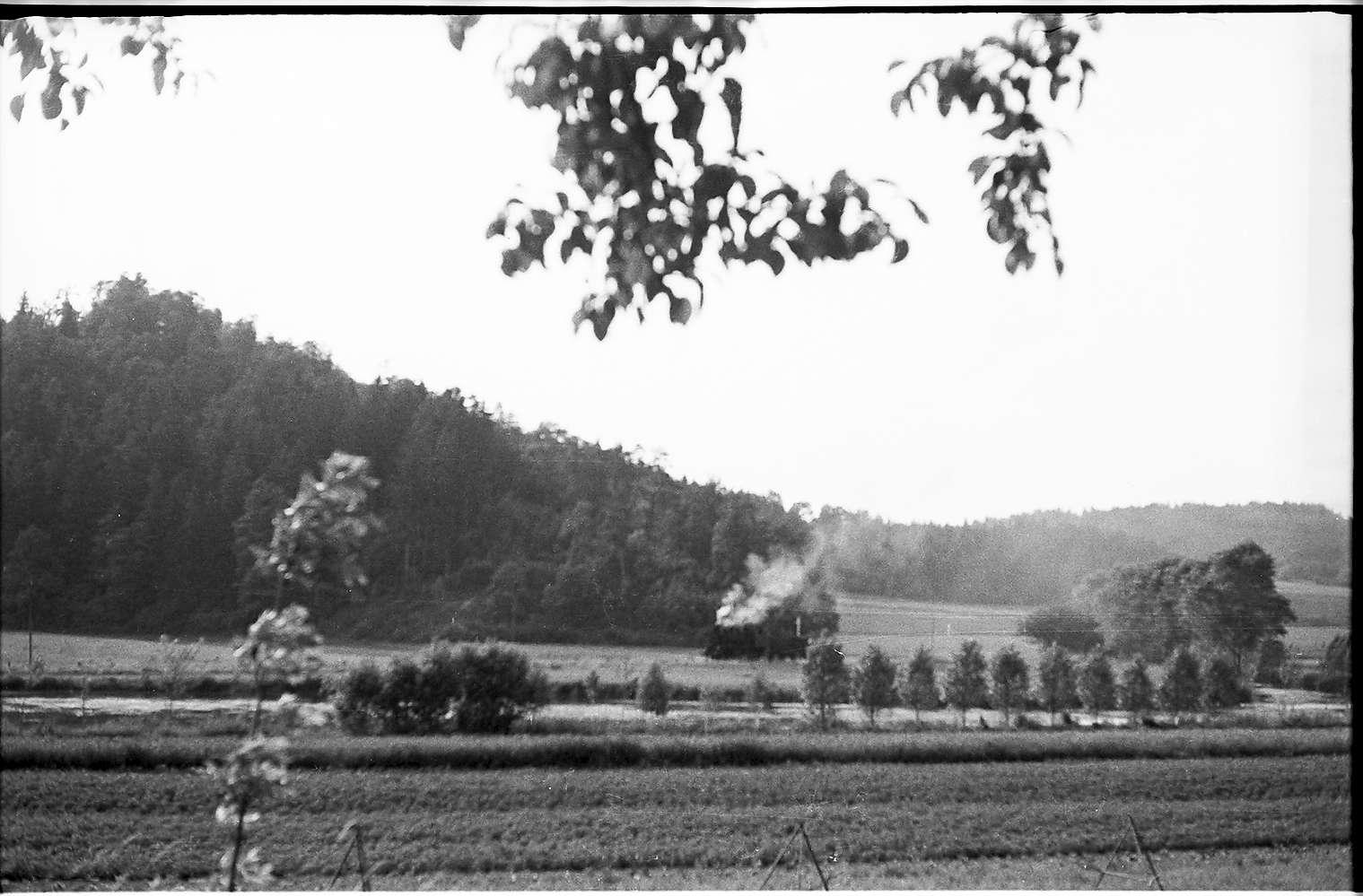 Strecke Veringendorf - Veringenstadt, Spritzzug mit Lok 141, Bild 1
