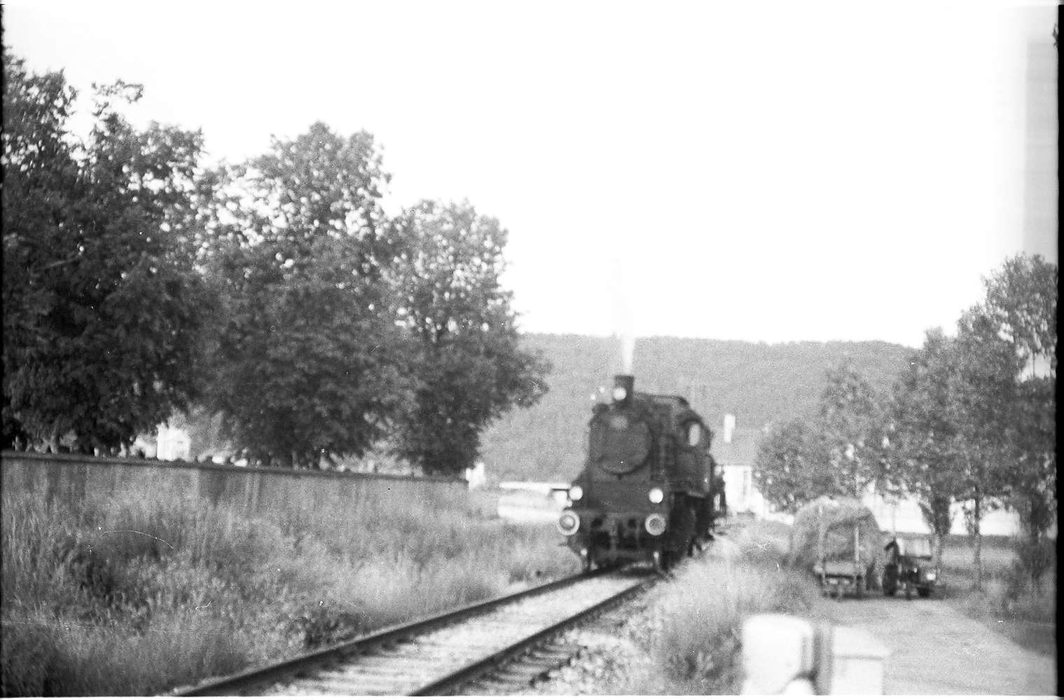 Spritzzug Lok 141, Strecke Veringenstadt - Hermentingen, bei Maria Deutstetten, Bild 1