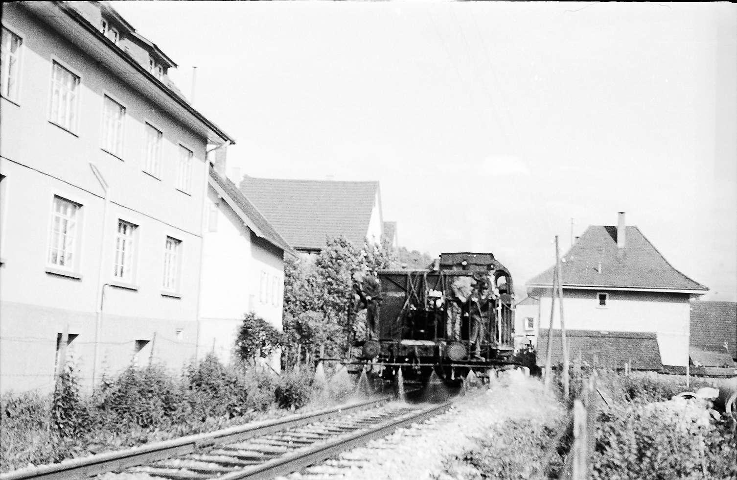 Spritzzug, Neufra, 141, links Filiale der Textilfabrik Schey, erbaut 1924, abgebrochen 1999, Bild 1