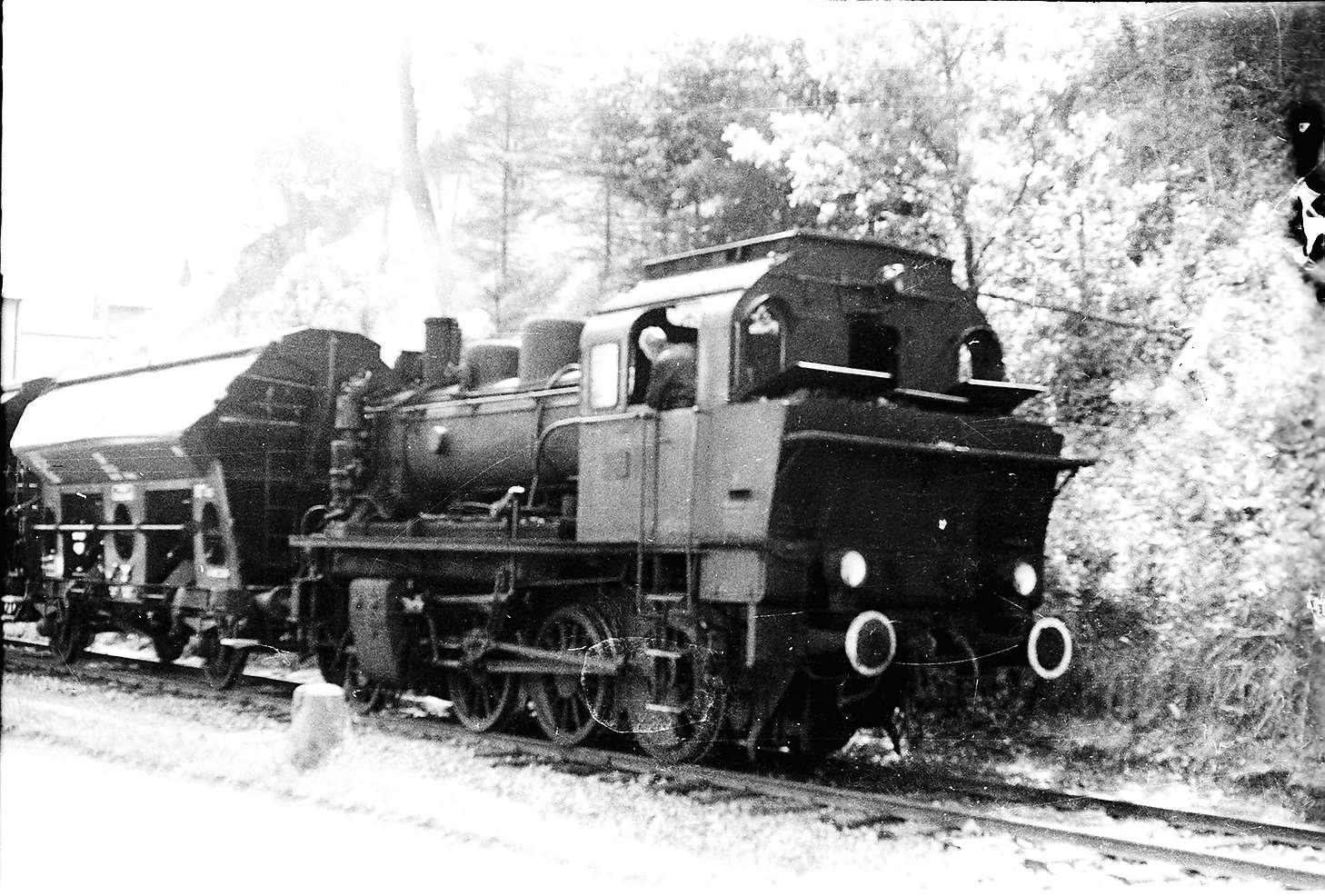 Lok 141, Rangieren Bahnhof Stetten bei Haigerloch, Bild 1