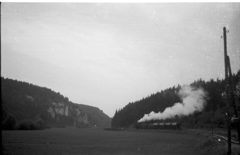 Lok 141, Hitzkofen, Felspartie bei Laucherthal, Bild 1
