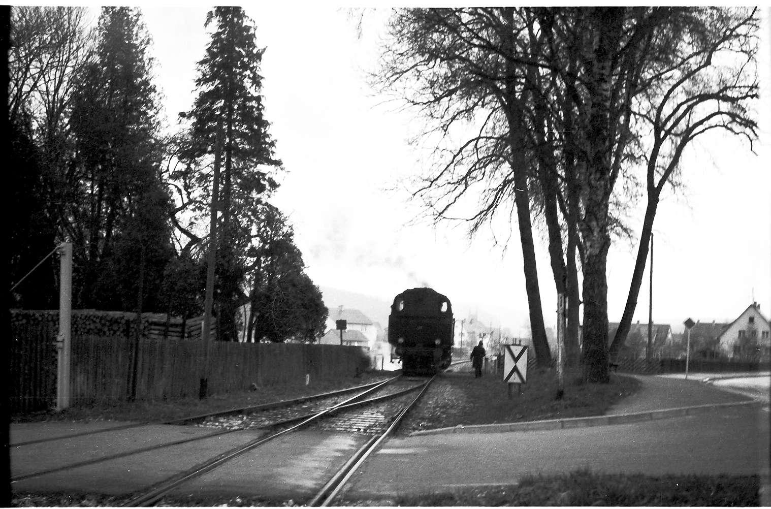 Lok 15, Güterzug 313, Strecke Laucherthal - Sigmaringendorf, Vorsignalbacke vom Bahnhof Sigmaringendorf, Bild 1