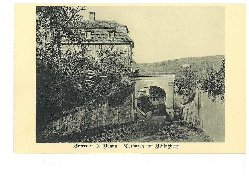 Torbogen am Schlossberg in Scheer an der Donau, Bild 1