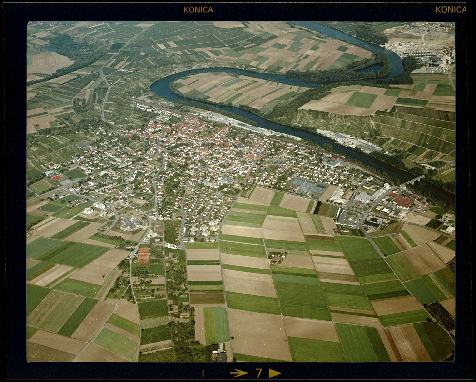 Kirchheim am Neckar, Luftbild, Bild 1